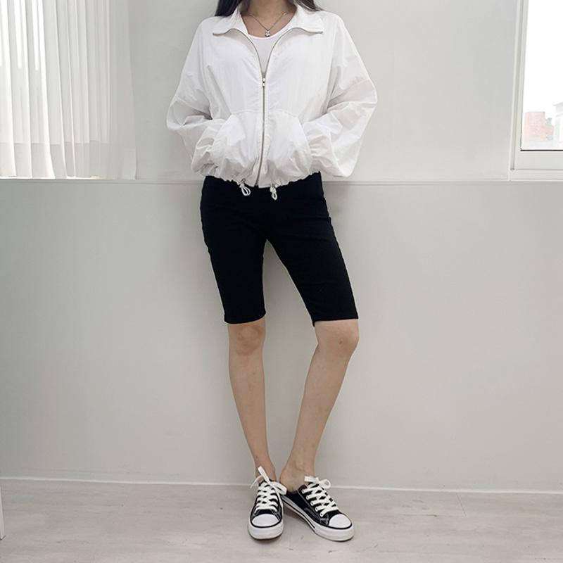 재킷 모델 착용 이미지-S2L6
