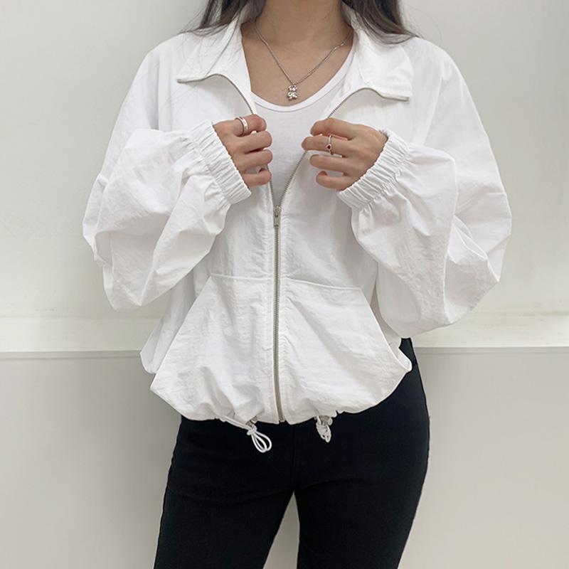 재킷 모델 착용 이미지-S2L5